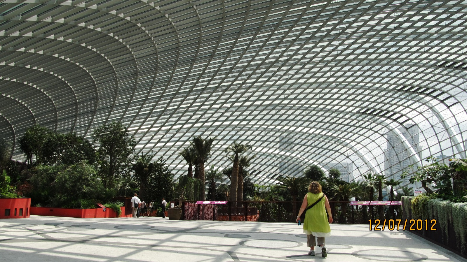 singapore - entrance to flower dome.jpg